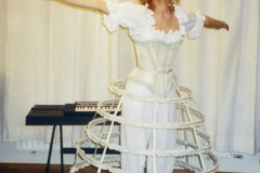 La-Cenerentola-Clorinda-Bayerische-Staatsoper